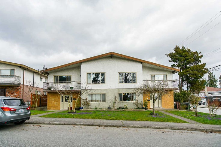 7776 7778 4TH STREET - East Burnaby Duplex for sale, 10 Bedrooms (R2565017)