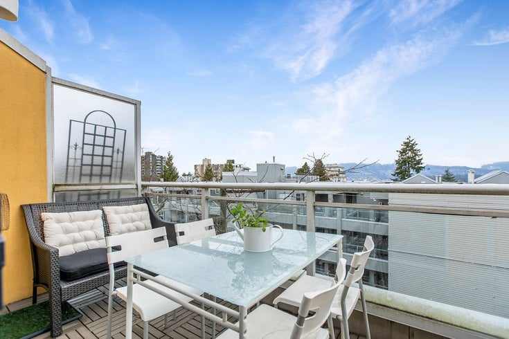 422 2255 W 4TH AVENUE - Kitsilano Apartment/Condo for sale, 1 Bedroom (R2565232)