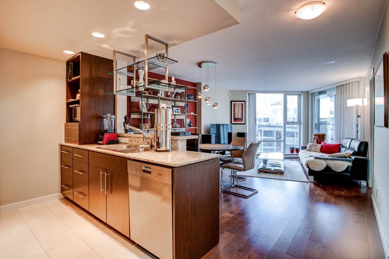 807 583 BEACH CRESCENT - Yaletown Apartment/Condo for sale, 1 Bedroom (R2565275)
