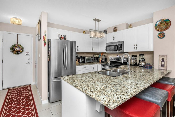 208 11667 HANEY BYPASS - West Central Apartment/Condo for sale, 3 Bedrooms (R2565886)