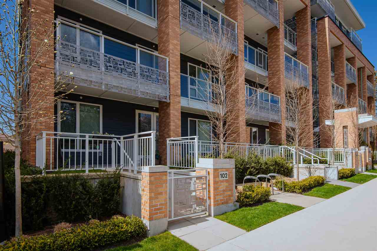 102 6933 CAMBIE STREET - South Cambie Apartment/Condo for sale, 2 Bedrooms (R2566095)