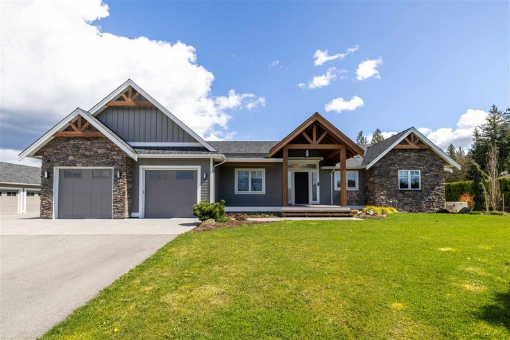 8654 257A STREET - County Line Glen Valley House with Acreage for sale, 3 Bedrooms (R2566367)