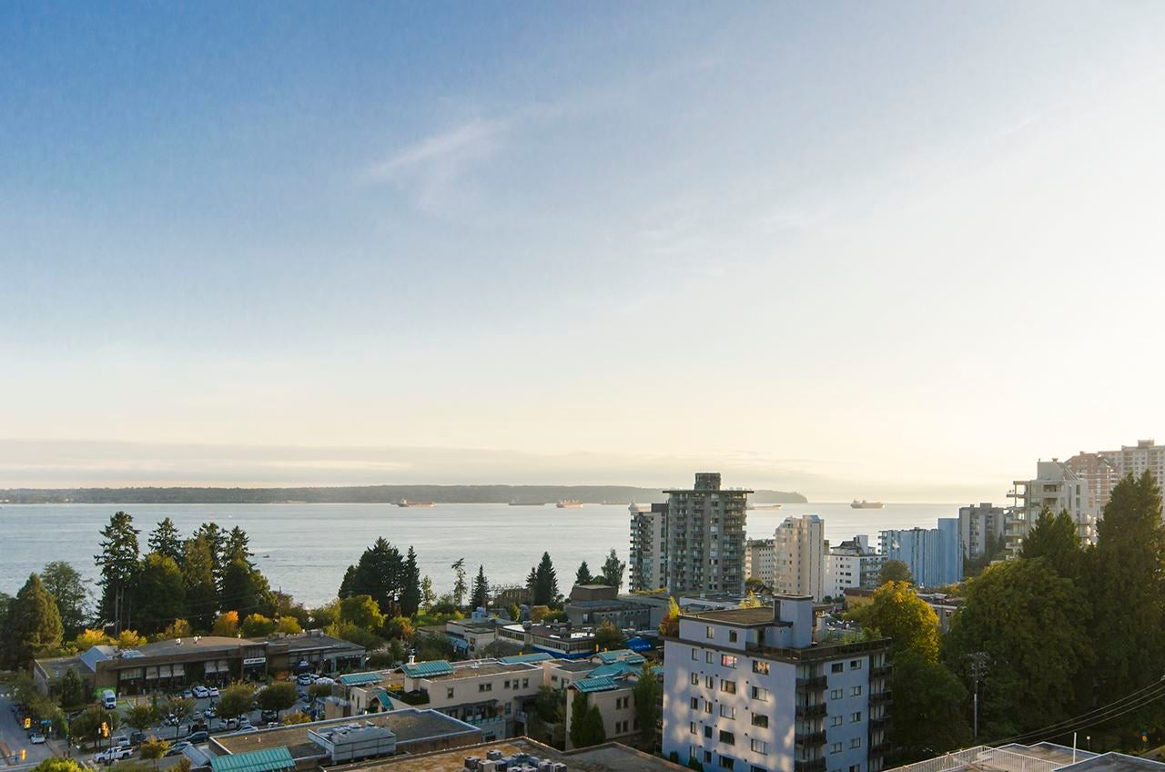 1104 650 16TH STREET - Ambleside Apartment/Condo for sale, 2 Bedrooms (R2566854)