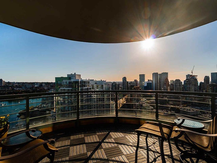 3801 1009 EXPO BOULEVARD - Yaletown Apartment/Condo for sale, 3 Bedrooms (R2566971)