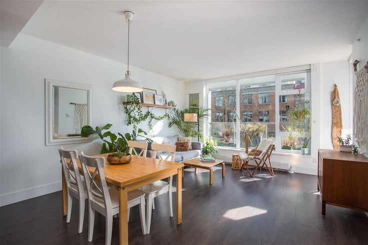 210 150 W 15TH STREET - Central Lonsdale Apartment/Condo for sale, 1 Bedroom (R2567032)