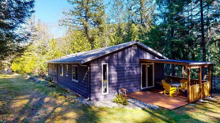 12715 LAGOON ROAD - Pender Harbour Egmont House/Single Family for sale, 2 Bedrooms (R2567037)