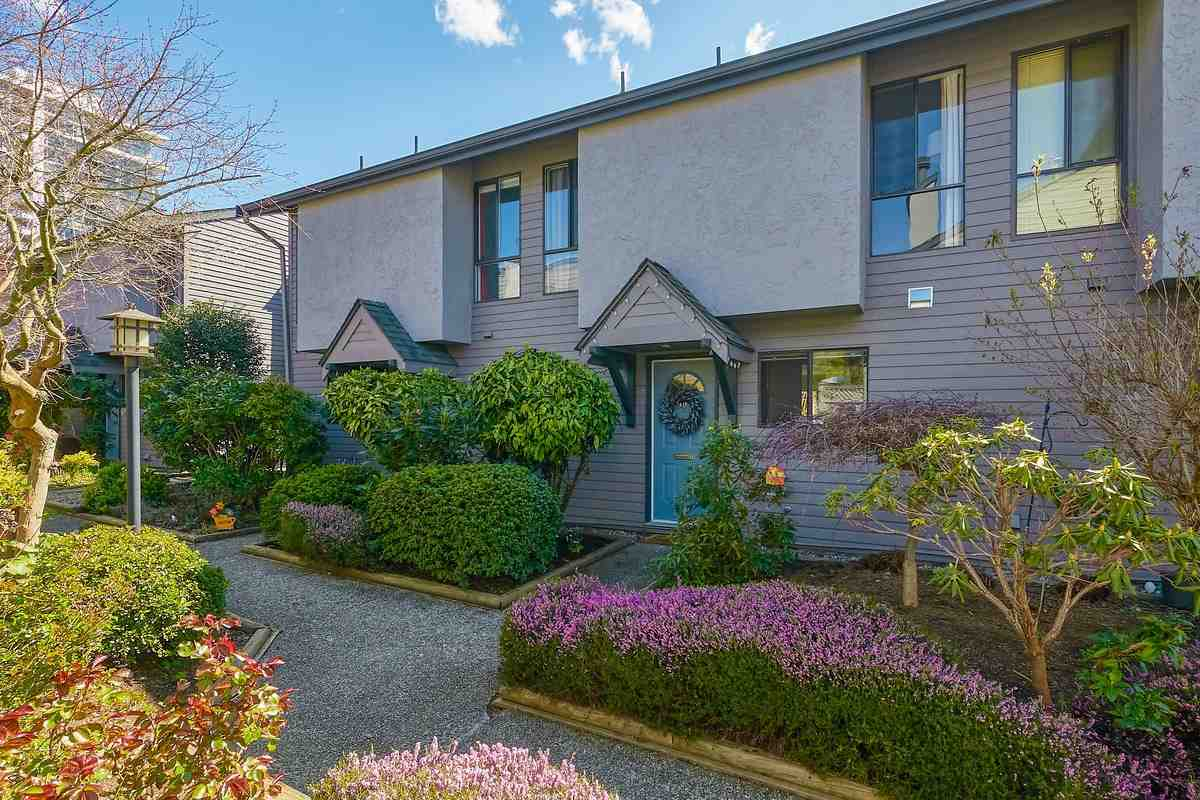 18 225 W 14TH STREET - Central Lonsdale Townhouse for sale, 3 Bedrooms (R2567110) - #1