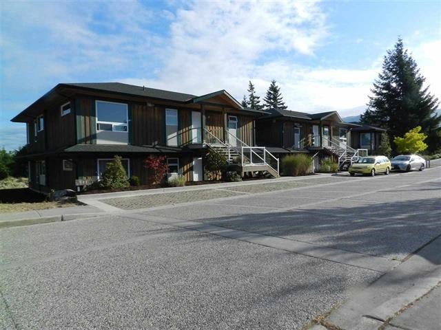 3 5778 MARINE WAY - Sechelt District Apartment/Condo for sale, 2 Bedrooms (R2567290)