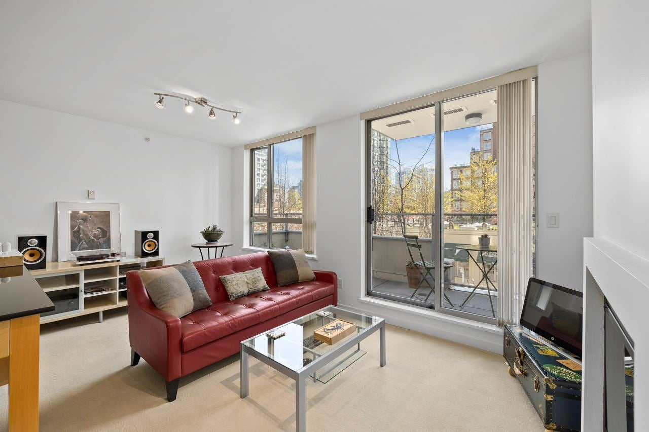 304 1225 RICHARDS STREET - Downtown VW Apartment/Condo for sale, 1 Bedroom (R2567763)
