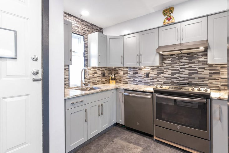 104 1570 PRAIRIE AVENUE - Glenwood PQ Townhouse for sale, 2 Bedrooms (R2567923)