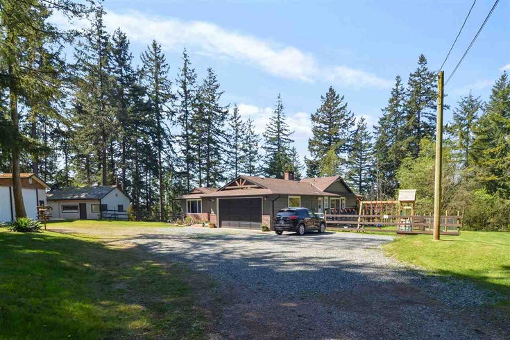 3139 207A STREET - Brookswood Langley House with Acreage for sale, 3 Bedrooms (R2567983)