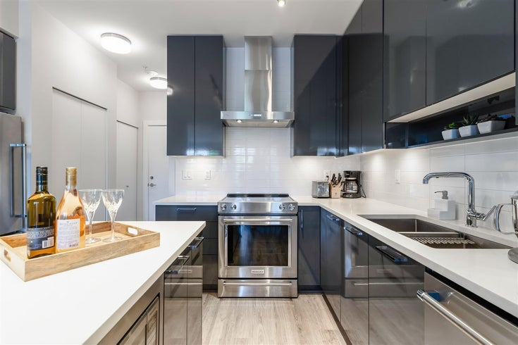 213 1768 GILMORE AVENUE - Brentwood Park Apartment/Condo for sale, 2 Bedrooms (R2568140)