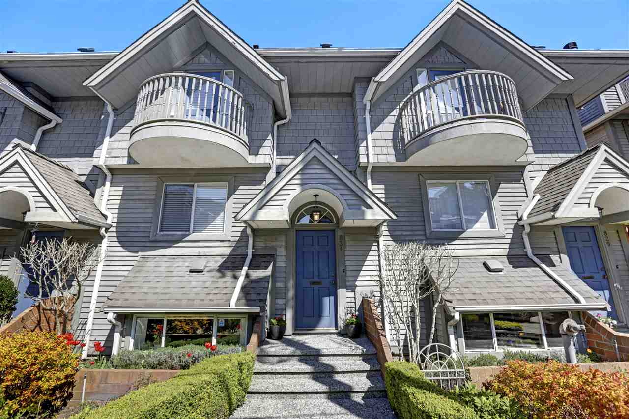 831 W 7TH AVENUE - Fairview VW Townhouse for sale, 2 Bedrooms (R2568152)