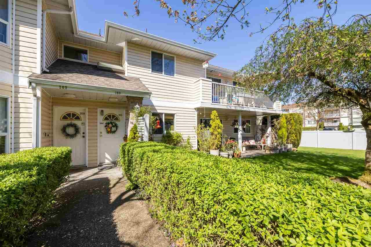109 5641 201 STREET - Langley City Apartment/Condo for sale, 2 Bedrooms (R2568181) - #1