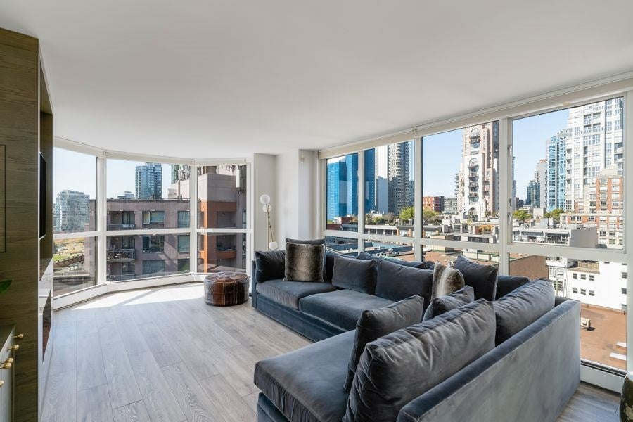 1005 212 DAVIE STREET - Yaletown Apartment/Condo for sale, 2 Bedrooms (R2568307)