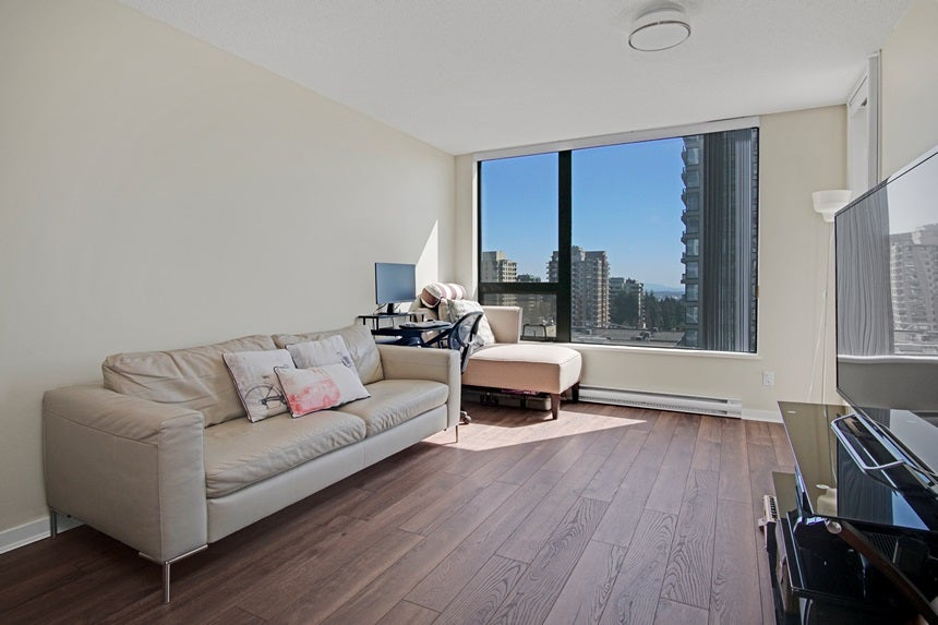 901 7108 COLLIER STREET - Highgate Apartment/Condo for sale, 1 Bedroom (R2568341)