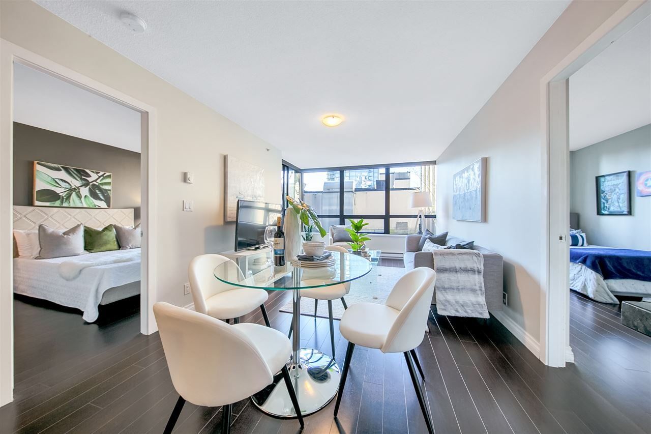 509 933 HORNBY STREET - Downtown VW Apartment/Condo for sale, 2 Bedrooms (R2568566) - #1