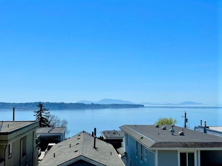 15190 BEACHVIEW AVENUE - White Rock House/Single Family for sale, 3 Bedrooms (R2568688)