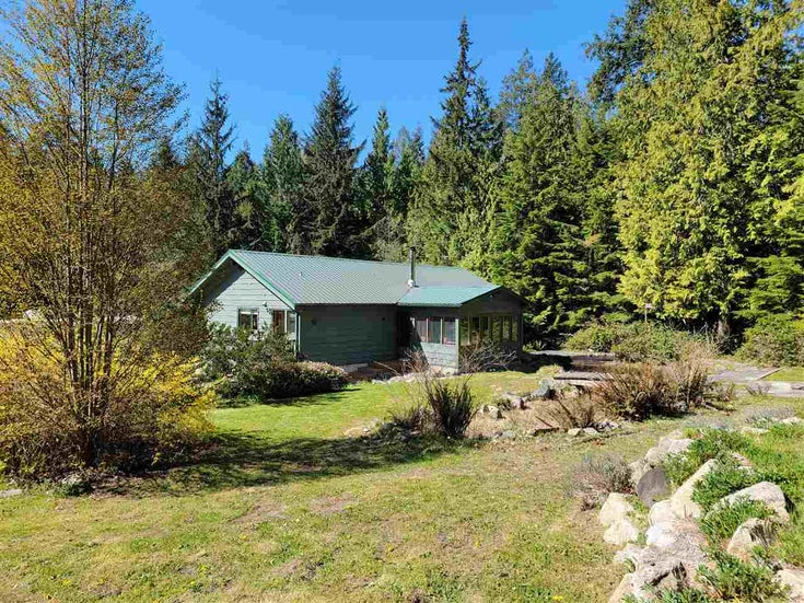 1463 MARGARET ROAD - Roberts Creek House with Acreage for sale, 2 Bedrooms (R2568705)