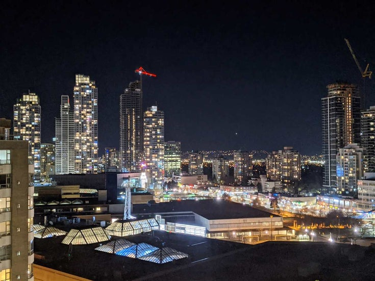 1808 4880 BENNETT STREET - Metrotown Apartment/Condo for sale, 2 Bedrooms (R2568728)