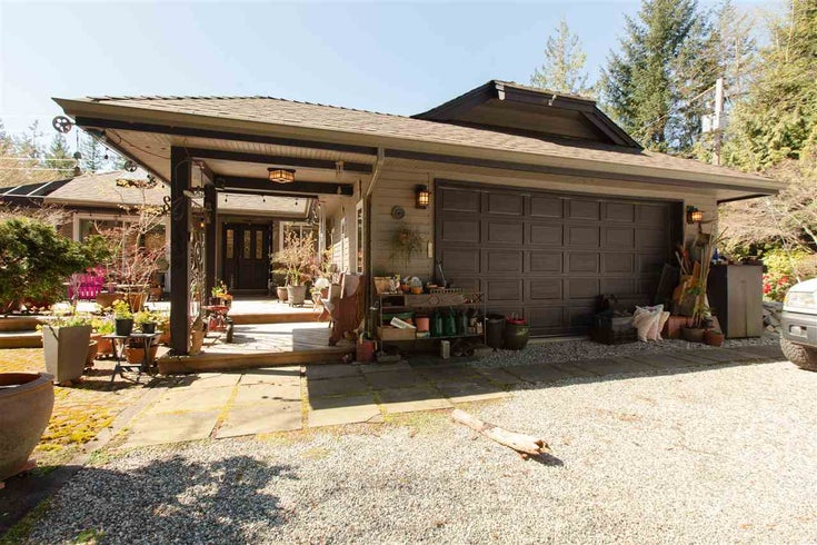 2338 LOWER ROAD - Roberts Creek House with Acreage for sale, 4 Bedrooms (R2568869)