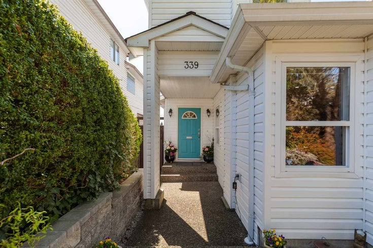 339 E 5TH STREET - Lower Lonsdale 1/2 Duplex for sale, 3 Bedrooms (R2568996)