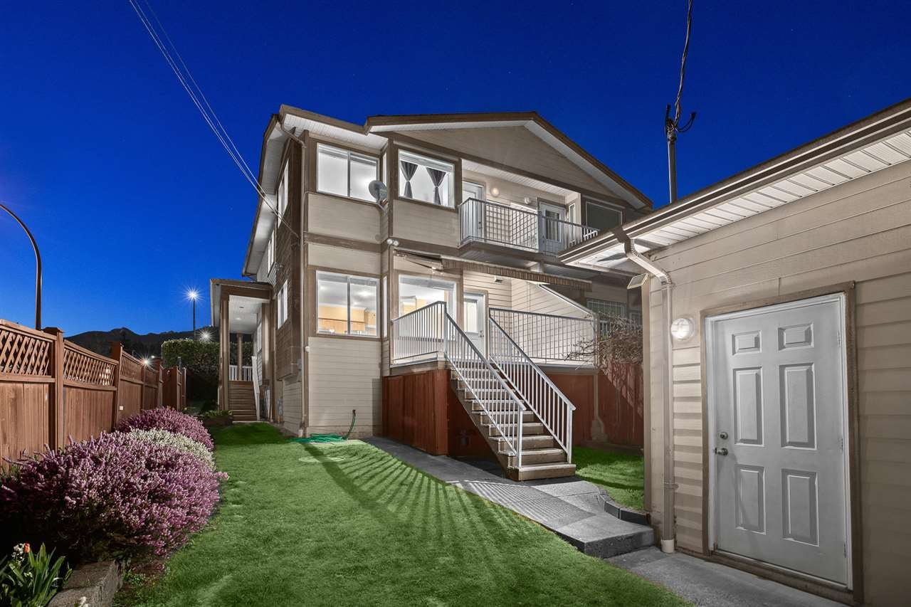 638 FORBES AVENUE - Lower Lonsdale 1/2 Duplex for sale, 4 Bedrooms (R2569165) - #1