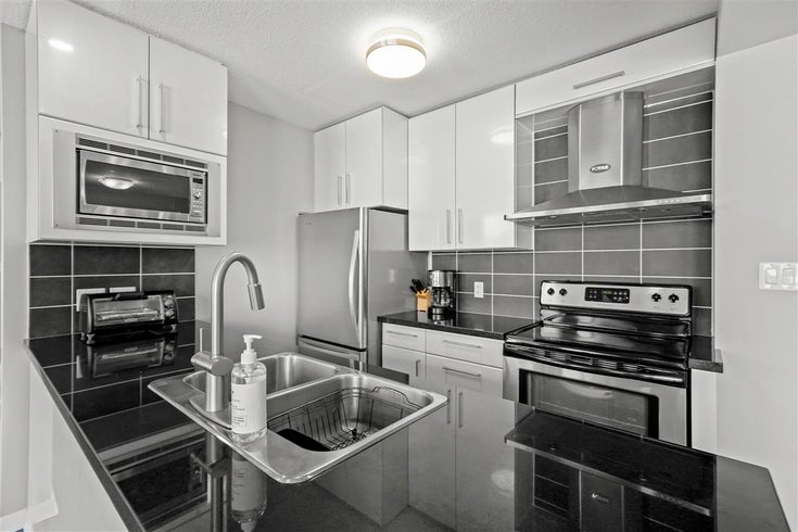 701 633 ABBOTT STREET - Downtown VW Apartment/Condo for sale, 2 Bedrooms (R2569194)