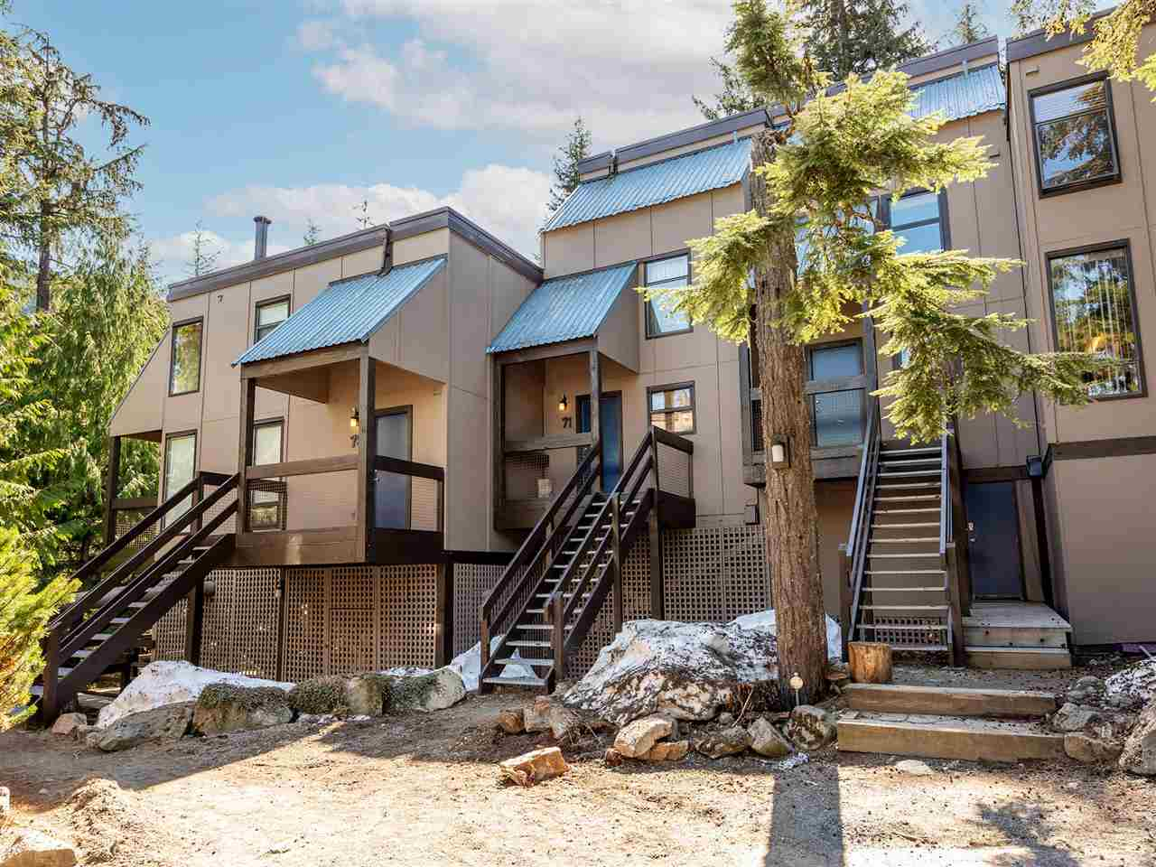 71 2400 CAVENDISH WAY - Whistler Creek Townhouse for sale, 3 Bedrooms (R2569305)