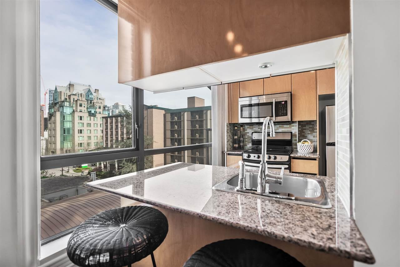 703 1189 HOWE STREET - Downtown VW Apartment/Condo for sale(R2569662) - #1