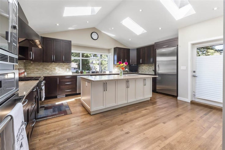 1427 CAMBRIDGE DRIVE - Central Coquitlam House/Single Family for sale, 5 Bedrooms (R2570191)