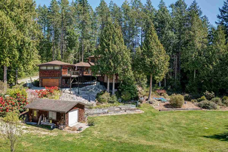 3185 HUCKLEBERRY ROAD - Roberts Creek House/Single Family for sale, 3 Bedrooms (R2571072)