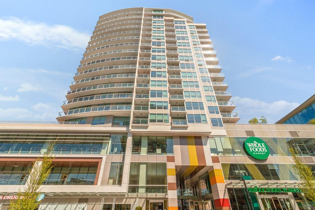 402 112 E 13TH STREET - Central Lonsdale Apartment/Condo for sale, 2 Bedrooms (R2571282)