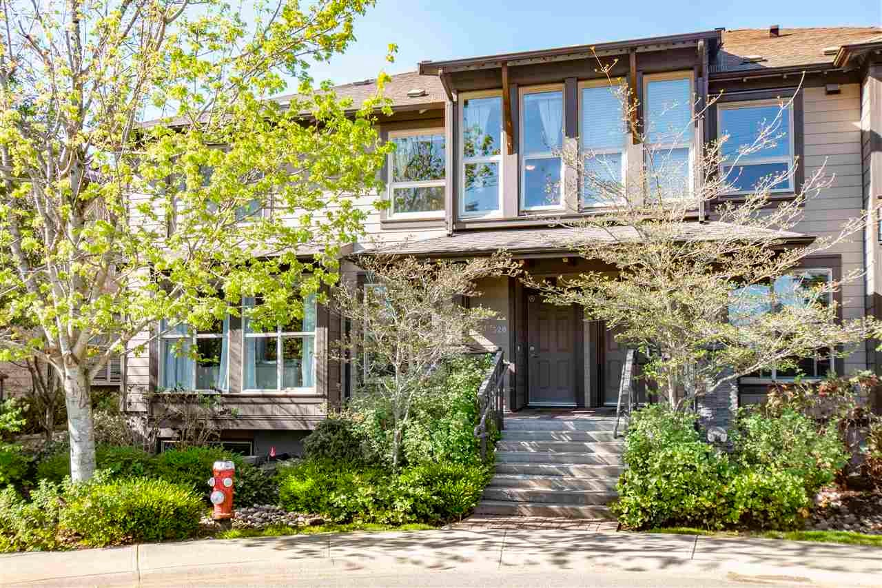 320 E 14TH STREET - Central Lonsdale Townhouse for sale, 3 Bedrooms (R2571301) - #1