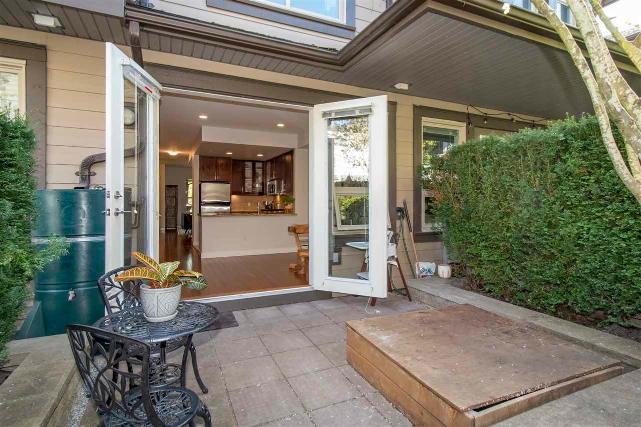 320 E 14TH STREET - Central Lonsdale Townhouse for sale, 3 Bedrooms (R2571301) - #12