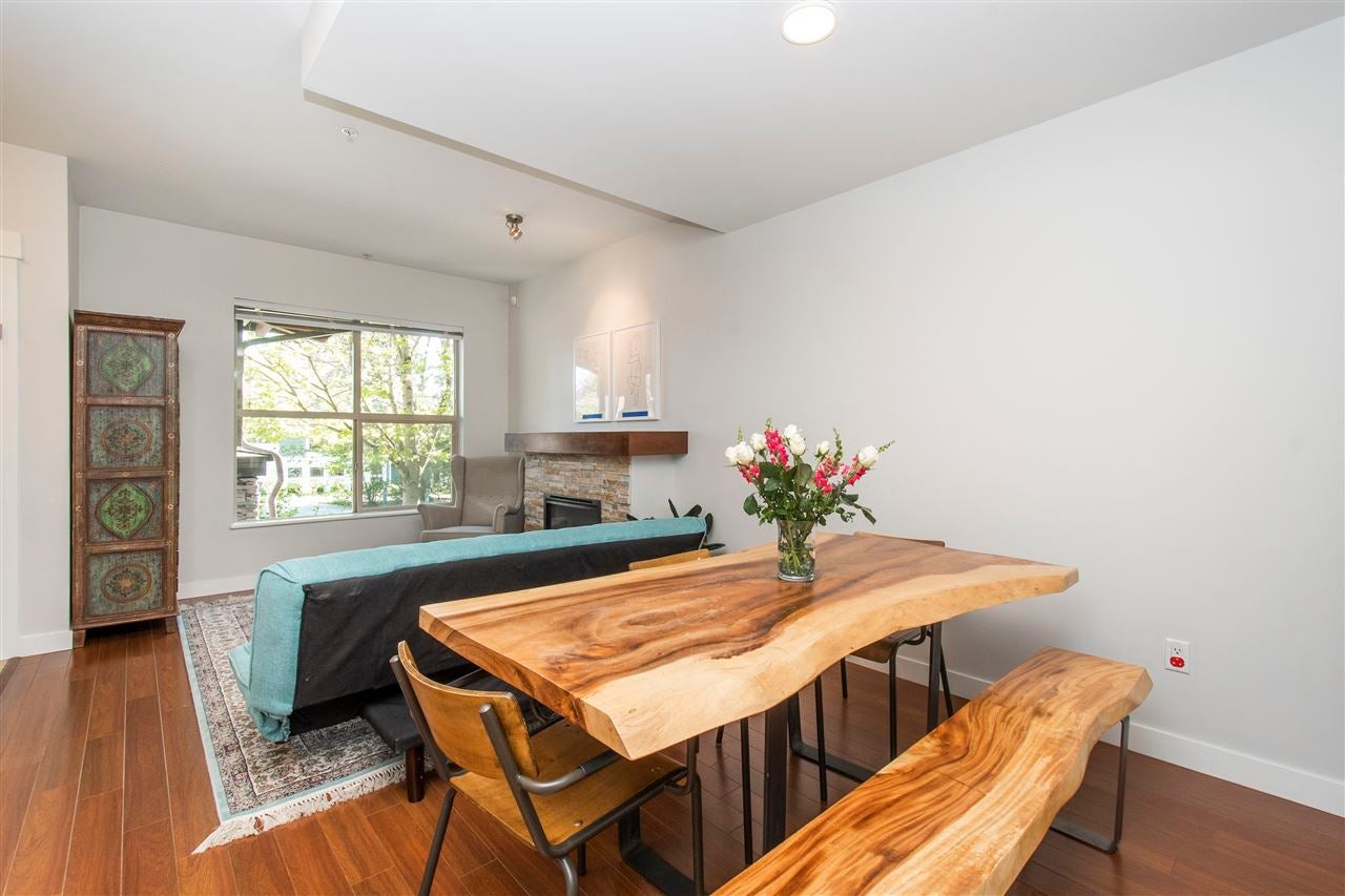 320 E 14TH STREET - Central Lonsdale Townhouse for sale, 3 Bedrooms (R2571301) - #6