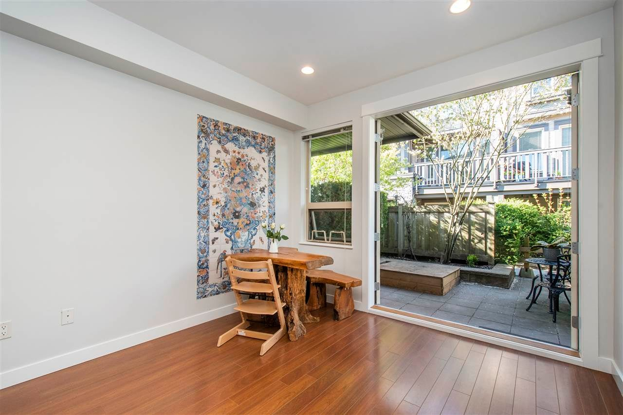 320 E 14TH STREET - Central Lonsdale Townhouse for sale, 3 Bedrooms (R2571301) - #9
