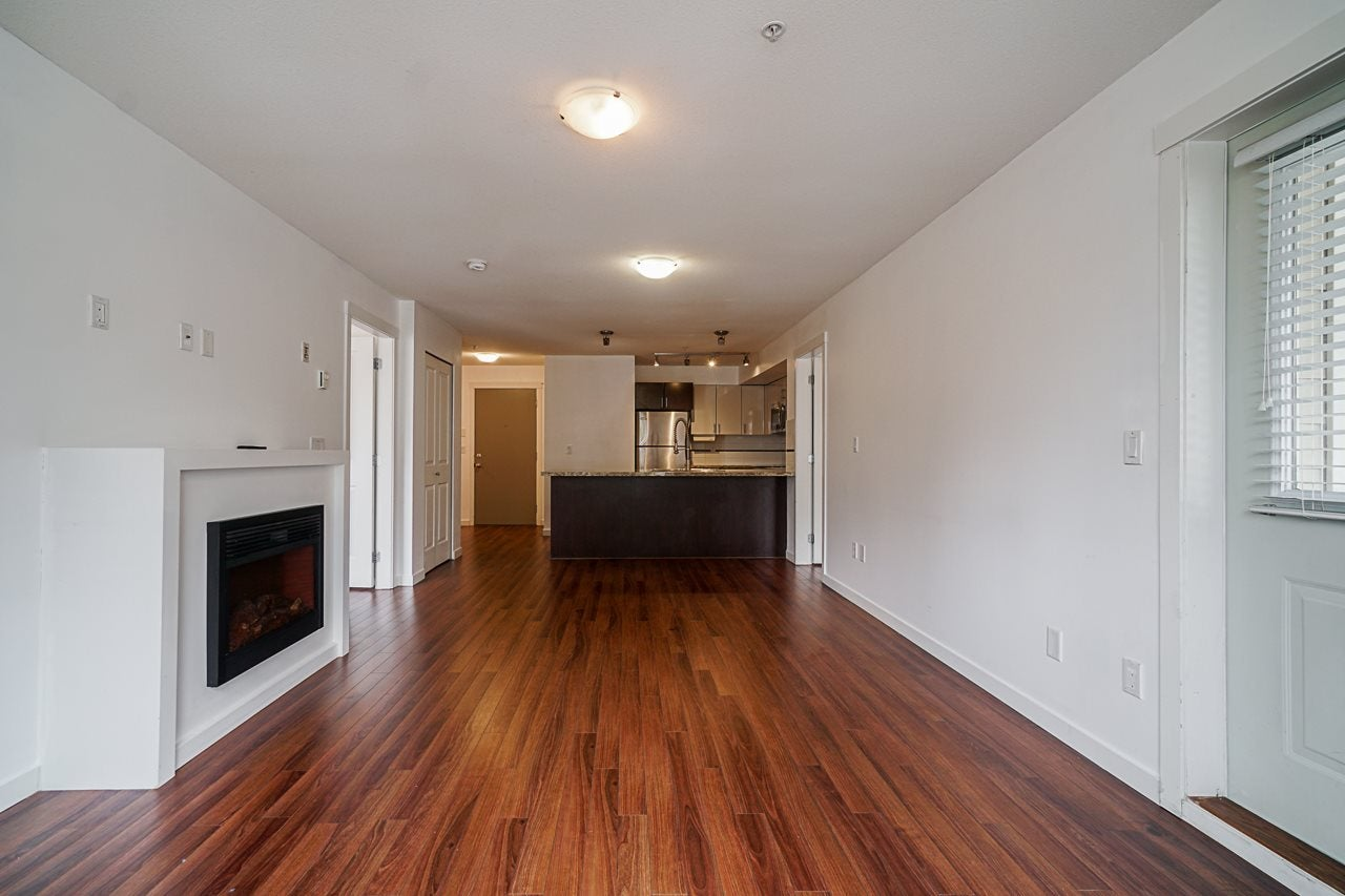 217 14960 102A STREET - Guildford Apartment/Condo for sale, 2 Bedrooms (R2571498) - #4