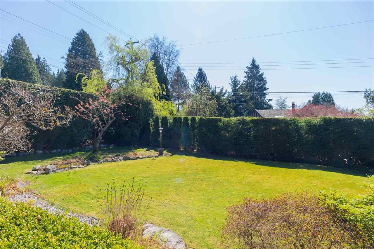 382 E ST. JAMES ROAD - Upper Lonsdale House/Single Family for sale, 4 Bedrooms (R2571560) - #39