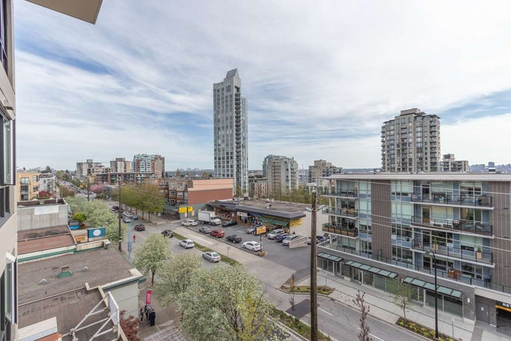 601 160 W 3RD STREET - Lower Lonsdale Apartment/Condo for sale, 2 Bedrooms (R2571609)