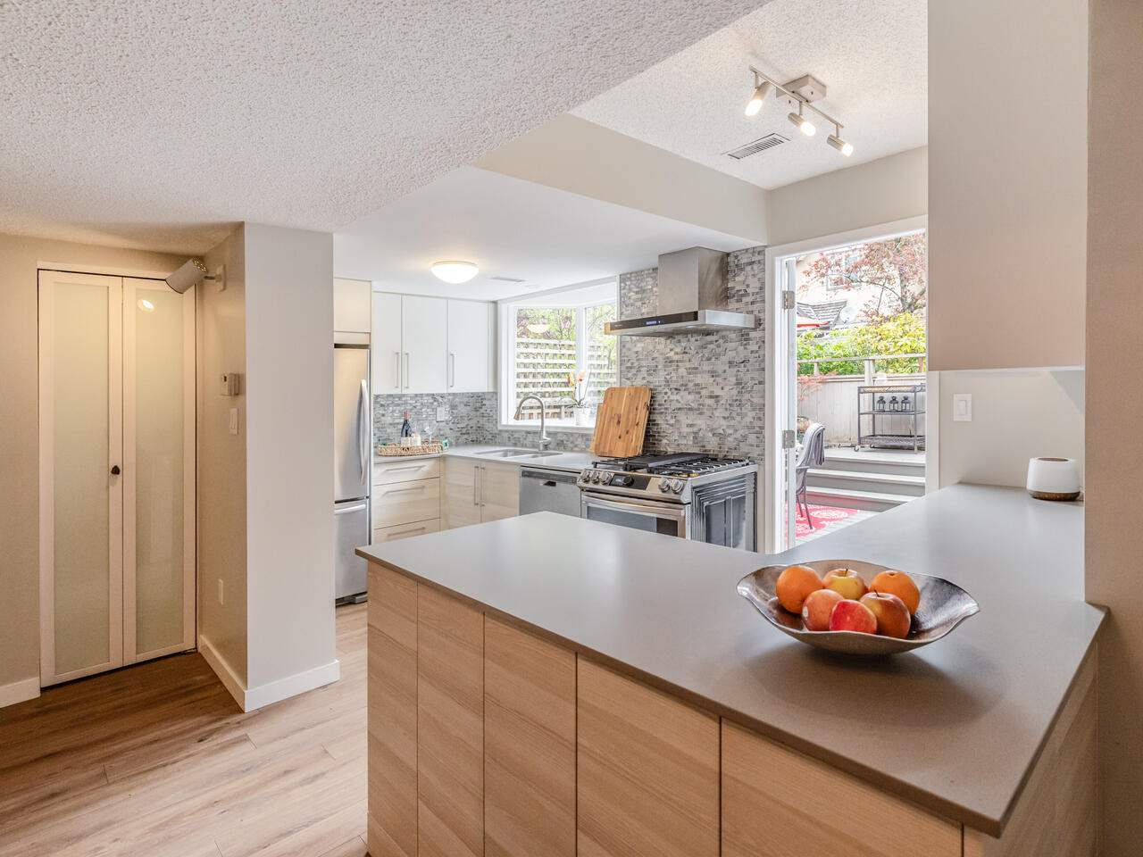 14 230 W 15TH STREET - Central Lonsdale Townhouse for sale, 3 Bedrooms (R2571733) - #7