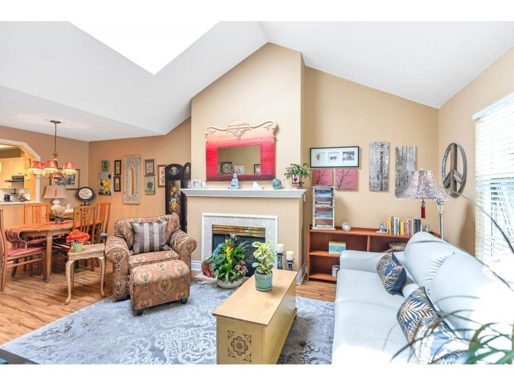 310 10038 150 STREET - Guildford Apartment/Condo for sale, 1 Bedroom (R2571966) - #11