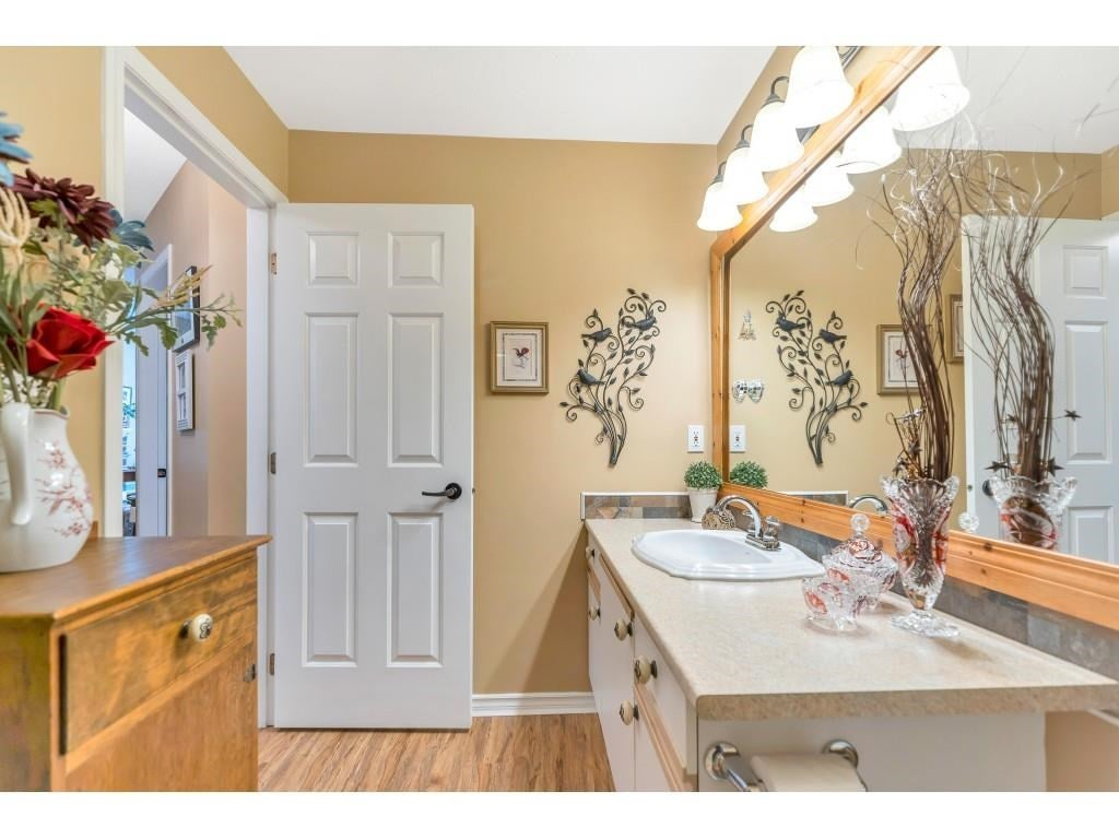 310 10038 150 STREET - Guildford Apartment/Condo for sale, 1 Bedroom (R2571966) - #19