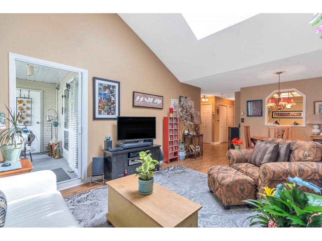310 10038 150 STREET - Guildford Apartment/Condo for sale, 1 Bedroom (R2571966) - #7