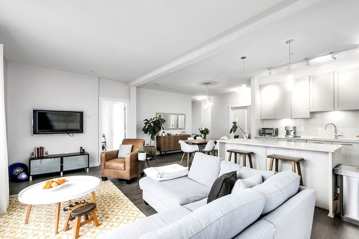312 123 W 1ST STREET - Lower Lonsdale Apartment/Condo for sale, 2 Bedrooms (R2572207)