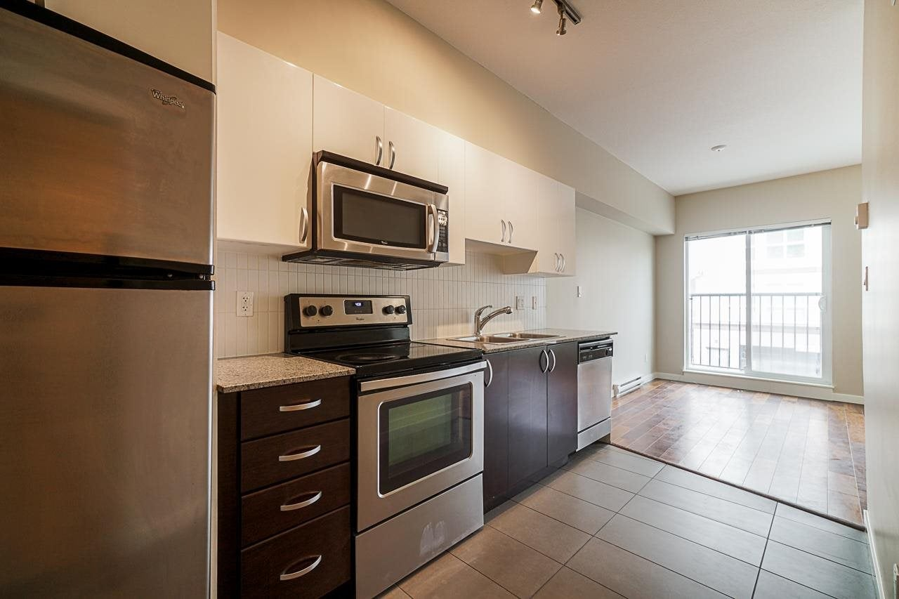 203 13728 108 AVENUE - Whalley Apartment/Condo for sale, 1 Bedroom (R2572435) - #13