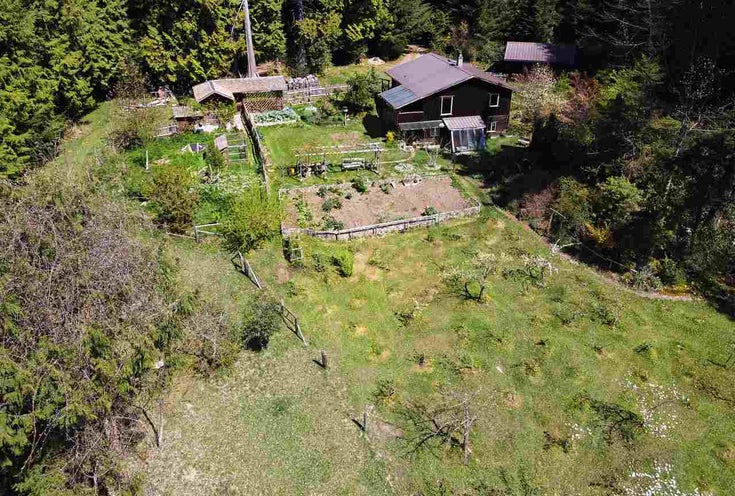 833 BYNG ROAD - Roberts Creek House with Acreage for sale, 3 Bedrooms (R2572491)