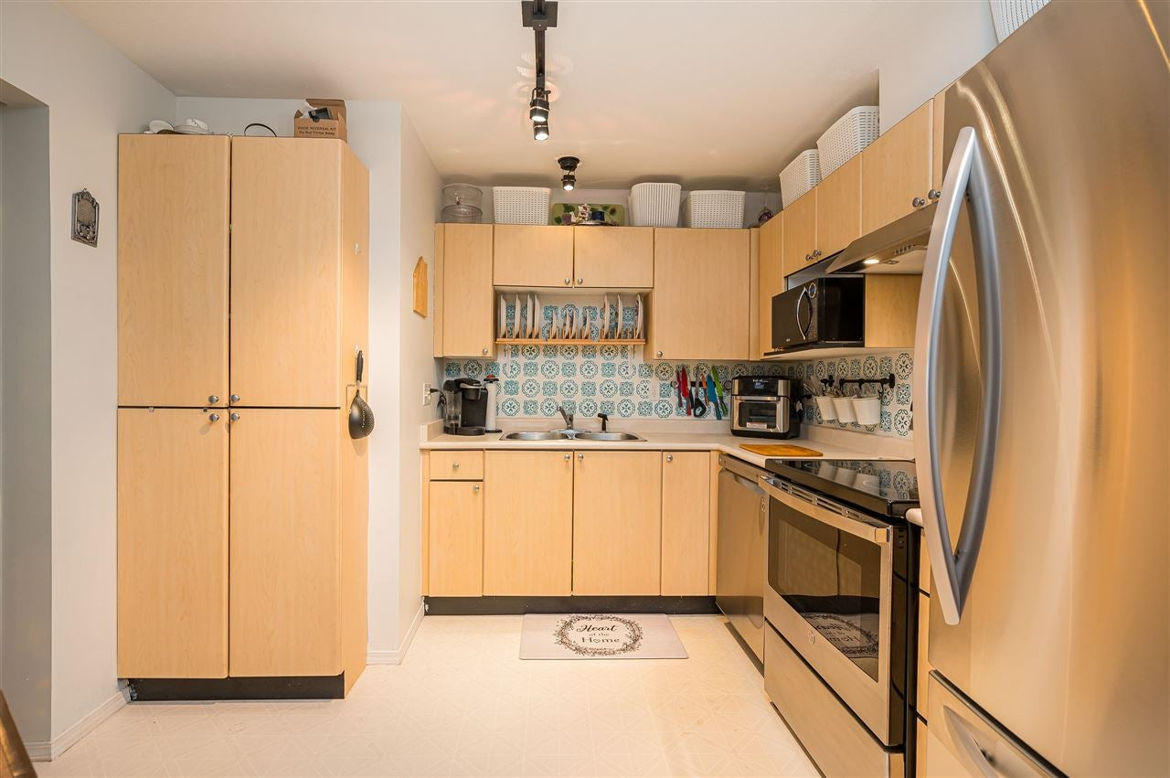 309 10188 155 STREET - Guildford Apartment/Condo for sale, 2 Bedrooms (R2572891) - #11