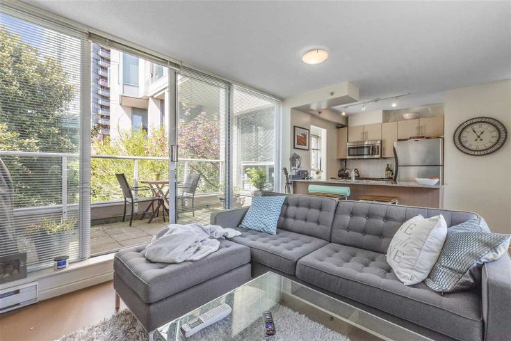 255 35 KEEFER PLACE - Downtown VW Townhouse for sale, 1 Bedroom (R2572917)