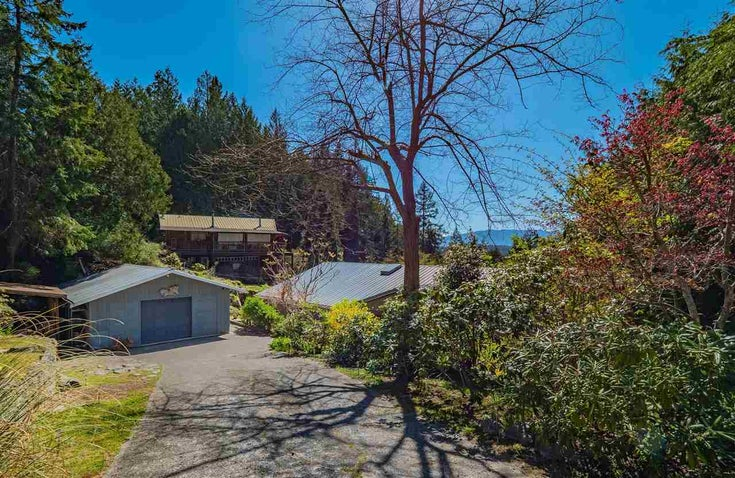 5220 CLAYDON ROAD - Pender Harbour Egmont House/Single Family for sale, 5 Bedrooms (R2573318)
